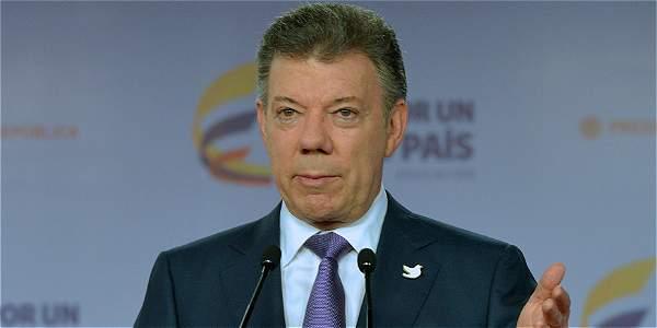 Cese bilateral depende de los otros puntos de la agenda: Santos