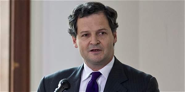 'Proceso de paz enfrenta campañas de desinformación': Sergio Jaramillo
