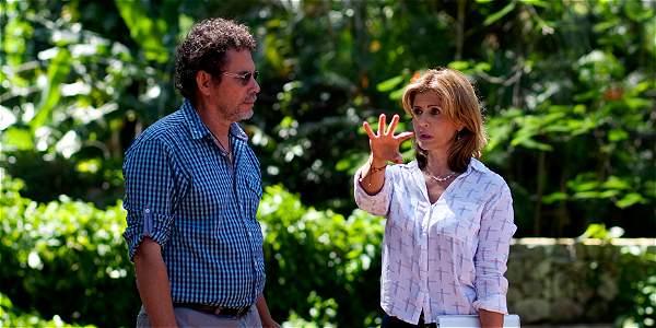 Félix Antonio Muñoz, 'Pastor Alape', en La Habana, con Marisol Gómez, durante la entrevista que le dio a EL TIEMPO.