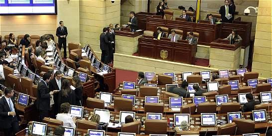 Tumban comisión legislativa especial para implementar acuerdos de paz