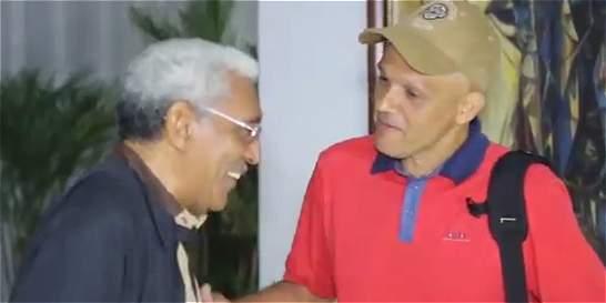 Farc revelan imágenes de la llegada de alias El Paisa a La Habana