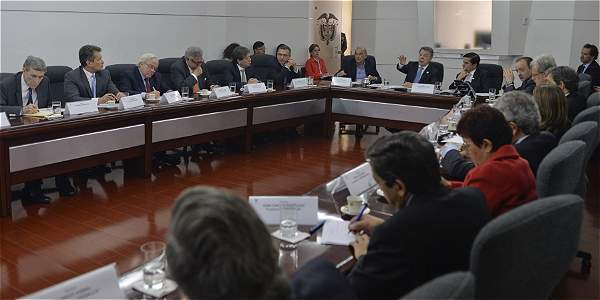 La reunión del presidente Santos con los gremios se extendió por cerca de tres horas.