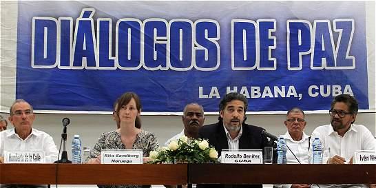 Mesa de negociación en La Habana trabajará en sesión permanente