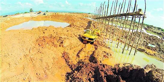 Minería ilegal, otro de los frentes de batalla