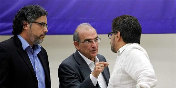 Colombia solicitó al Papa elegir tribunal de conflicto con las Farc — Global
