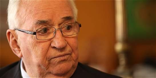 Belisario Betancur pidió a conservadores votar por el sí en plebiscito