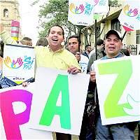 Gobernadores entregan apoyó al 'Sí' a la paz