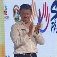 Santos anuncia directiva para campaña del plebiscito