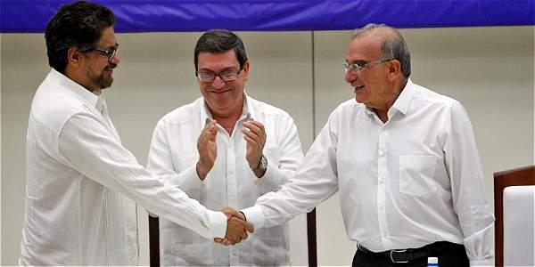 Entra en efecto cese el fuego permanente — COLOMBIA