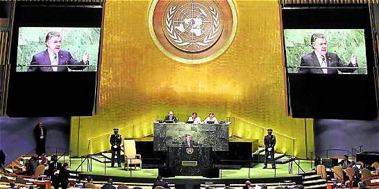 Santos regresa al país con más respaldo internacional a la paz