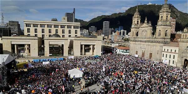 Las emociones que despertó la firma de la paz en Bogotá