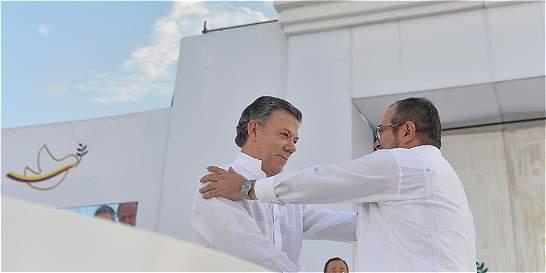 'Gabo' no estuvo 'ausente' en la firma de la paz