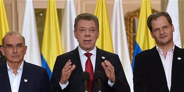 El Presidente de la República, que es la máxima autoridad en materia de paz y de orden público en el país, no queda inhabilitado para intentar un nuevo acercamiento.
