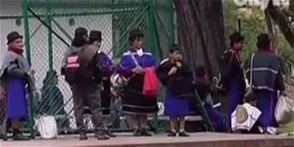 Comienzan a llegar a Bogotá comunidades indígenas que marcharán por la Paz