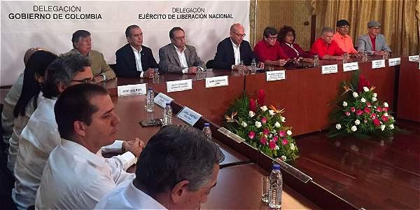 Miembros de las delegaciones del Gobierno y el Eln se reunieron en Caracas.