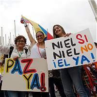 Profesores universitarios se unen a pedido de acuerdo paz en Colombia