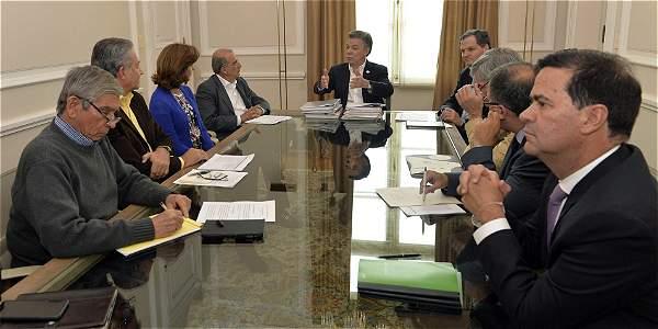 Los miembros del equipo negociador del Gobierno analizaron con el presidente Juan Manuel Santos hasta último momento las propuestas para ajustar el acuerdo.