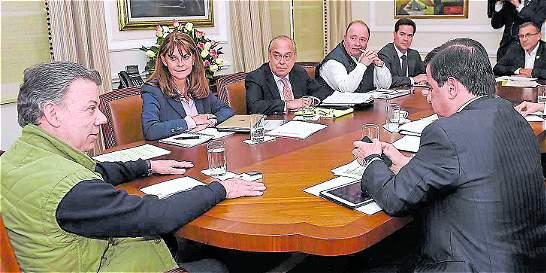 Líderes 'azules' del 'No' volvieron a Palacio a reunión con Santos