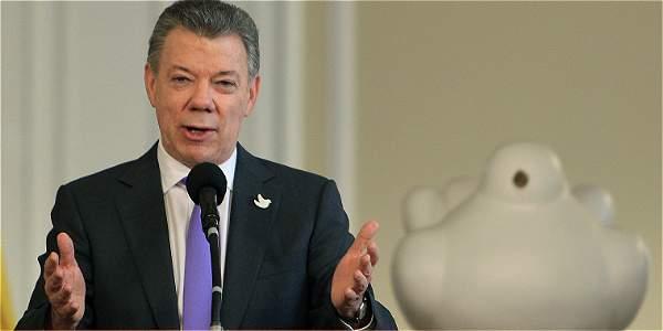 Presidente colombiano llega a Reino Unido en visita de Estado