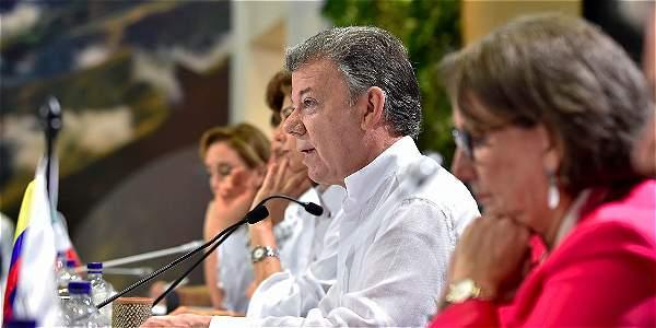 Cumbre Iberoamericana condena bloqueo de EE.UU. contra Cuba