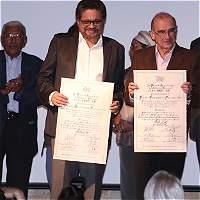 El día en que Gobierno y Farc fueron premiados en el Museo Nacional