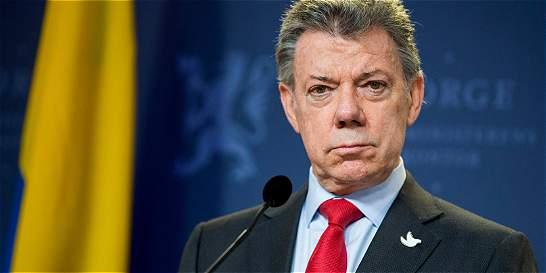 Santos dice sentir vergüenza por comentarios de que Nobel fue comprado
