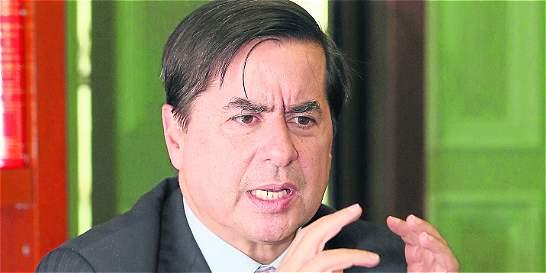 'Amnistía solo habrá cuando se desarmen': Juan Fernando Cristo