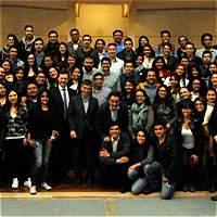 300 universitarios vuelven a zonas de conflicto para construír paz