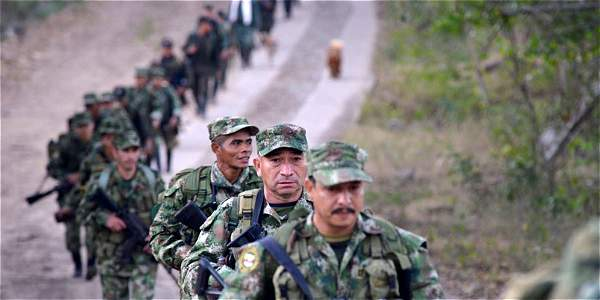 La histora colombiana está llena de momentos emblemáticos que sembraron la esperanza, pero no la paz.