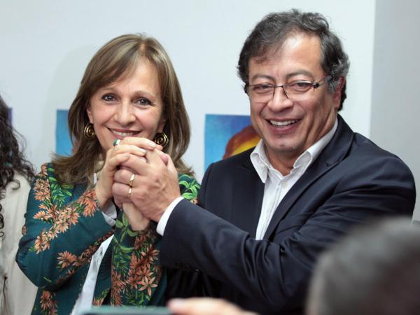 Gustavo Petro y Ángela María Robledo.