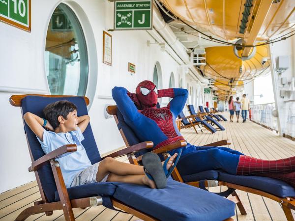 Superhéroes de Marvel en el Disney Magic