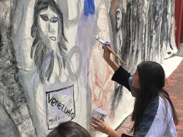 Exposición de Patricia Tavera en el barrio La Candelaria