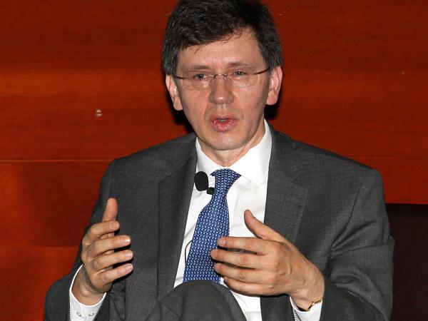 Andrés Arango S.