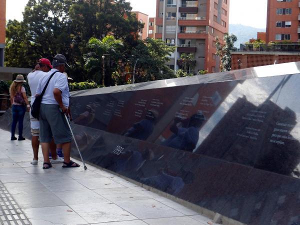Parque conmemorativo Inflexión