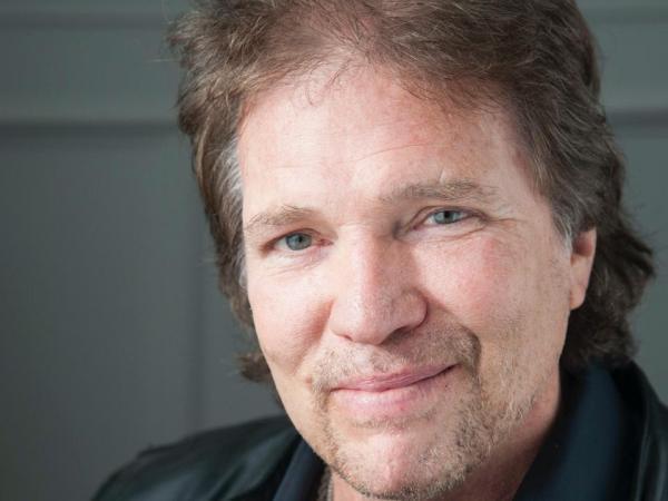 Barry O'Brien, uno de los productores de CSI Miami.