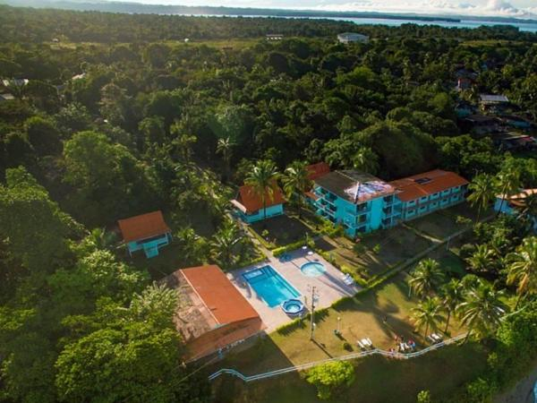 Reserva Aguamarina Hotel y Cabañas, ubicada en Ladrilleros,