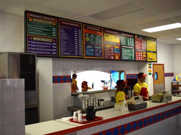 """Restaurant """"Los Pollos Hermanos"""" de Breaking Bad abre por tiempo limitado en Texas - Imagen 3"""