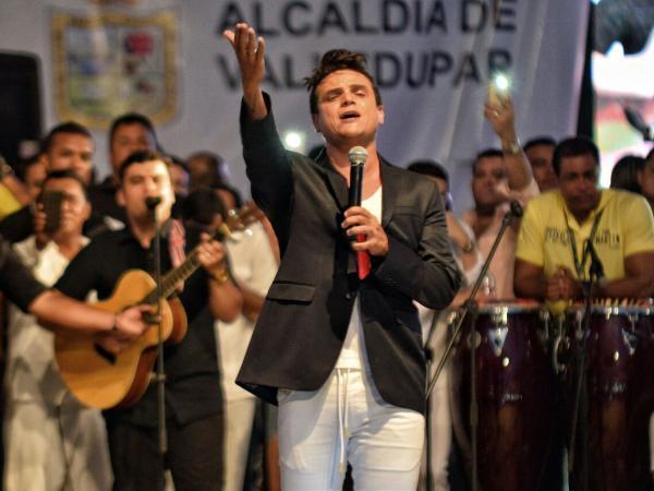 Silvestre Dangond en el homenaje a Martín Elías