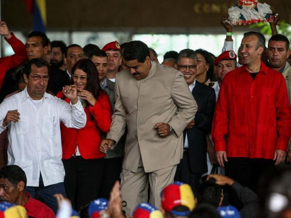 Maduro baile