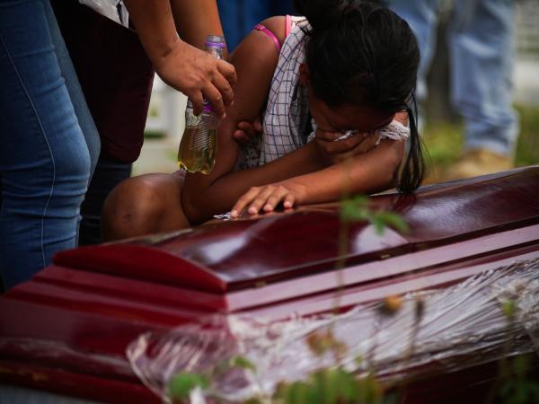 El dolor de las familias de las víctimas en Mocoa