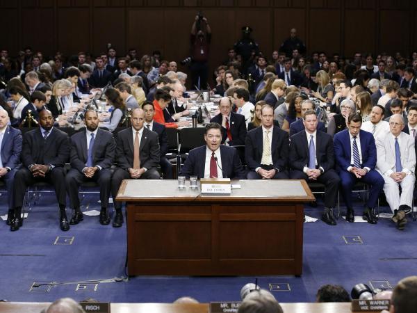 Trump acusó al exdirector del FBI de ser un
