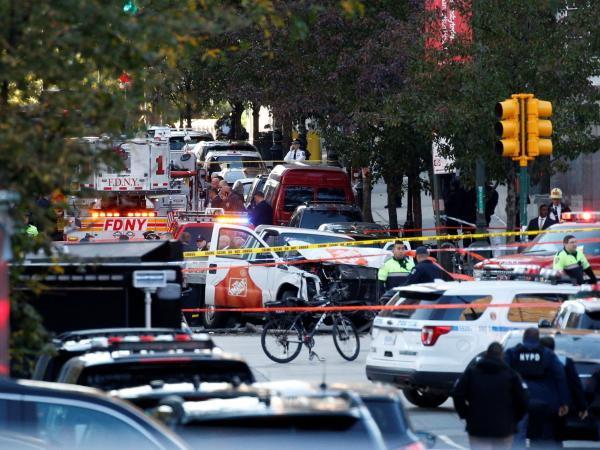 Pánico en Manhattan: furgoneta atropella a transeúntes