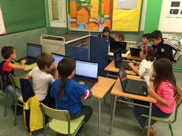5a0235afecabd - Con solo 10 años, Antonio García ya enseña a otros niños a programar