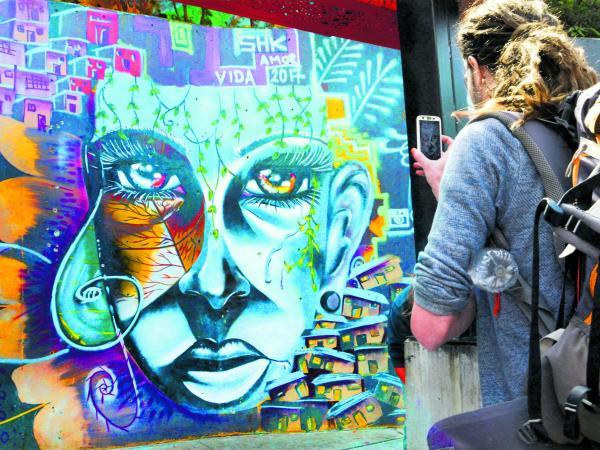 grafitour