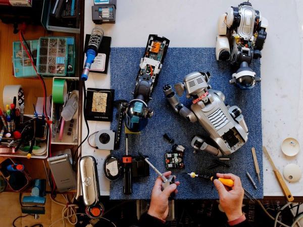 Robots que cuidan ancianos en Japón