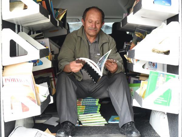 José Alberto Gutiérrez en su camioneta