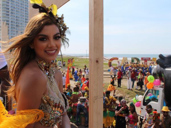 La belleza de la mujer Caribe siempre presente en las Fiestas de la Independencia de Cartagena