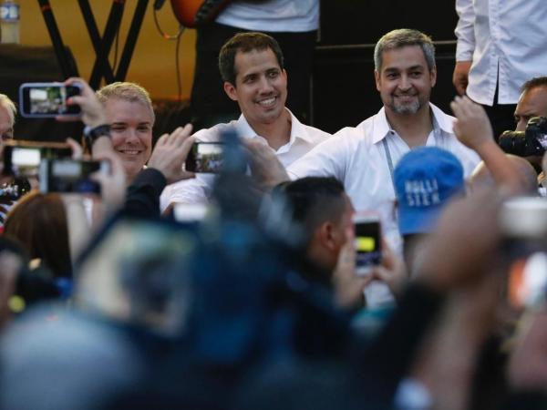 La sorpresiva llegada de Guaidó al concierto en la frontera