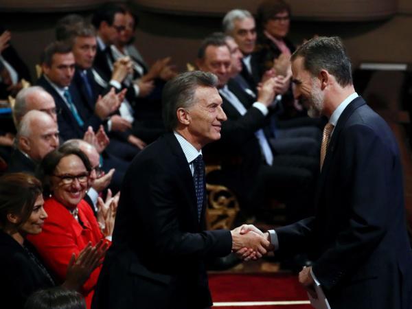 El rey Felipe VI y Macri