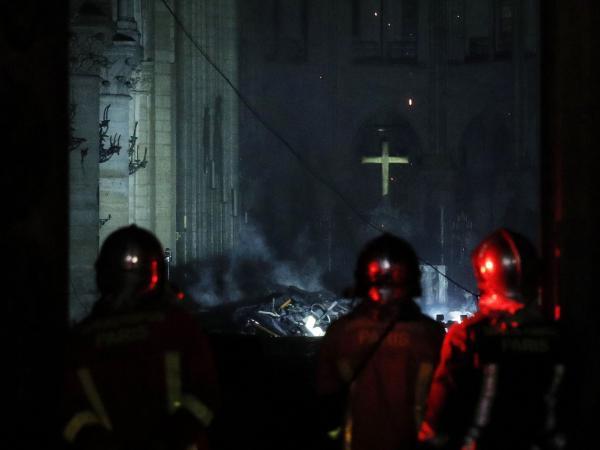 Un día después en Notre Dame 3